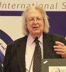 演讲题目:《全球钢材市场预测和中美贸易简评》